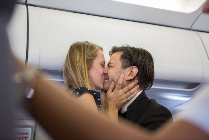marriage_proposal_in_airplane_6220_web