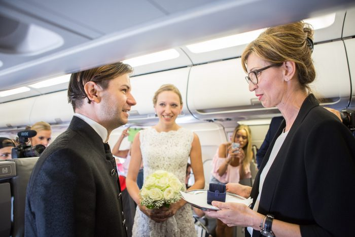 marriage_proposal_in_airplane_6374_web