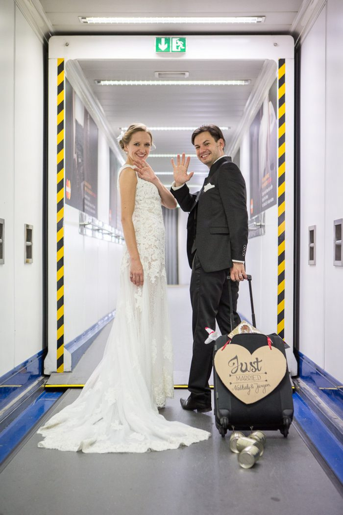 marriage_proposal_in_airplane_6791_web