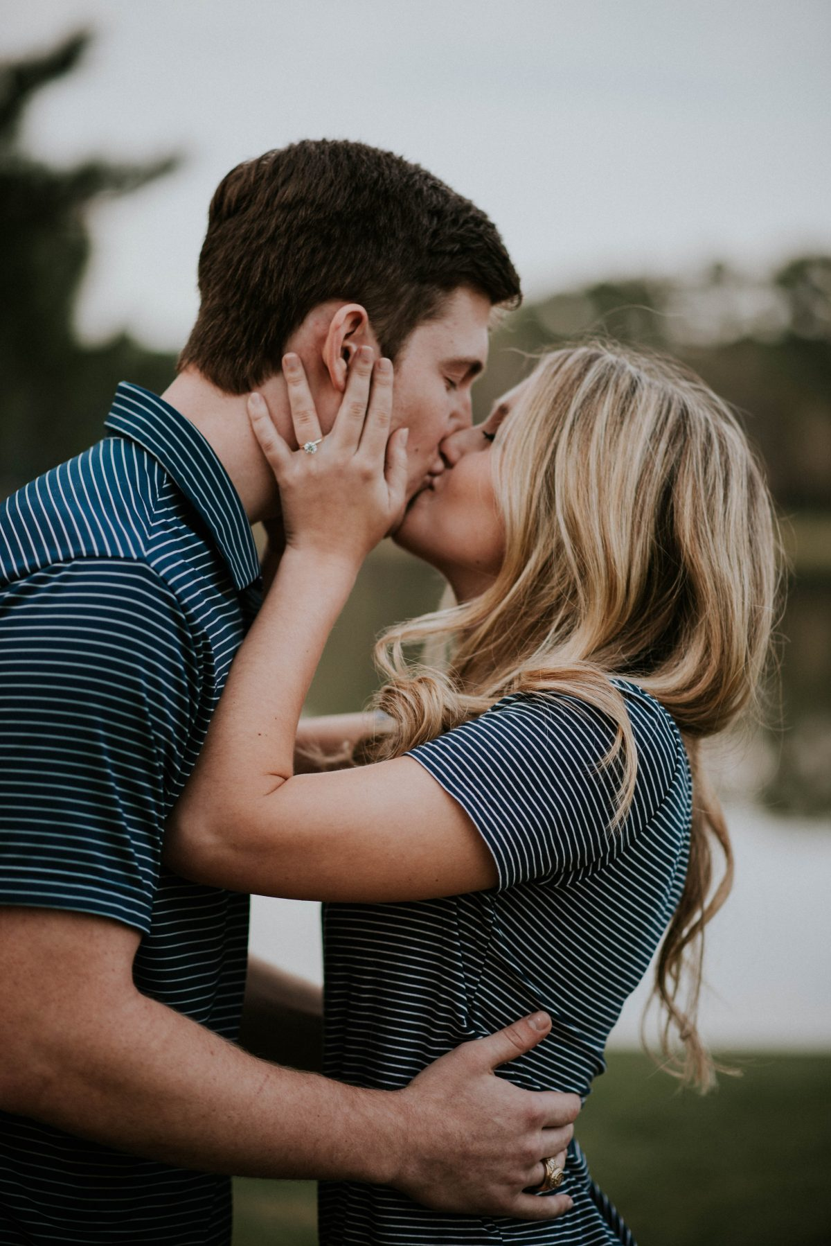 Image 2 of 9 Funny Ways to Get Him to Propose