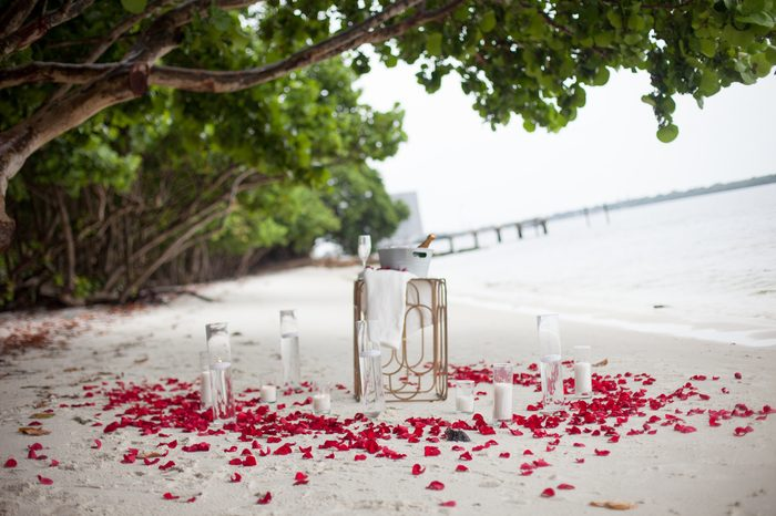Marriage Proposal Ideas in Lakeside Park, Florida