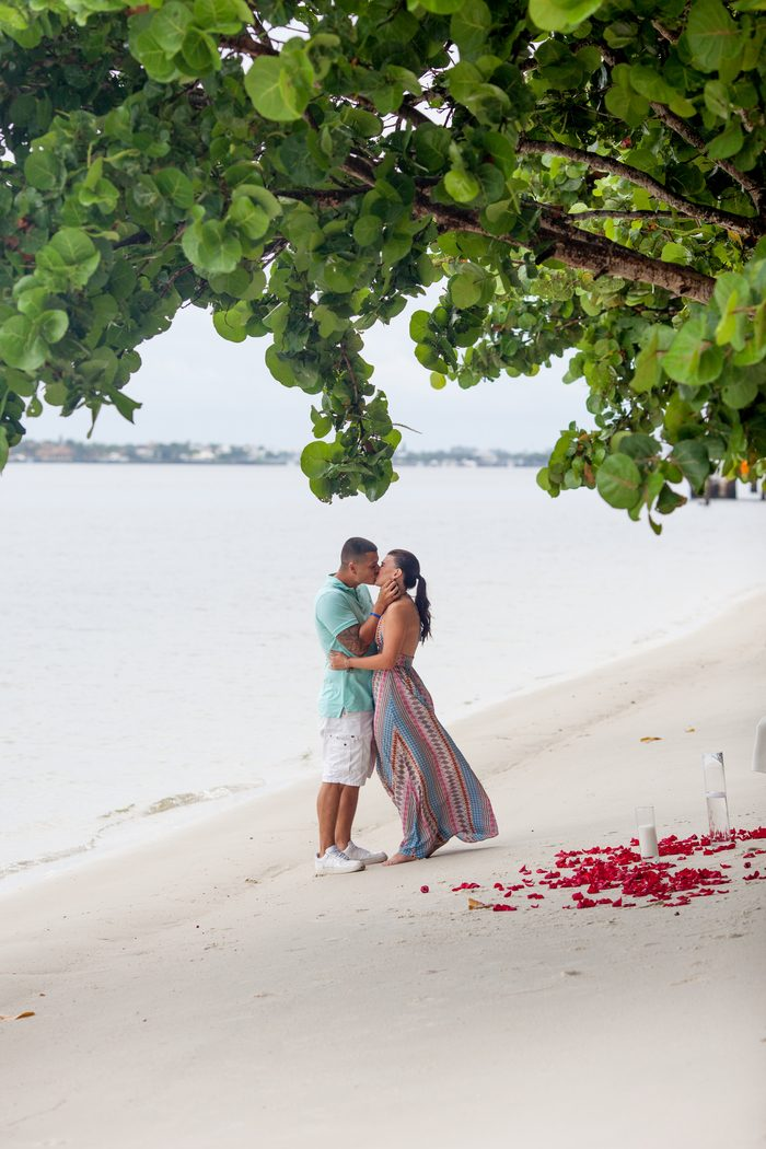Wedding Proposal Ideas in Lakeside Park, Florida