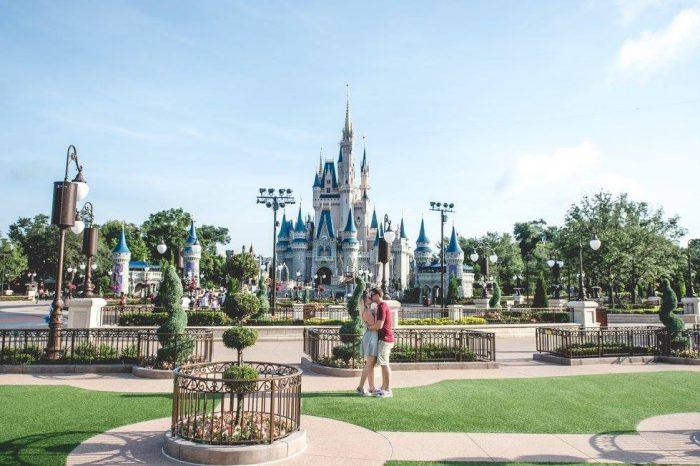 Lindsey and Kyle's Engagement in Walt Disney World Magic Kingdom