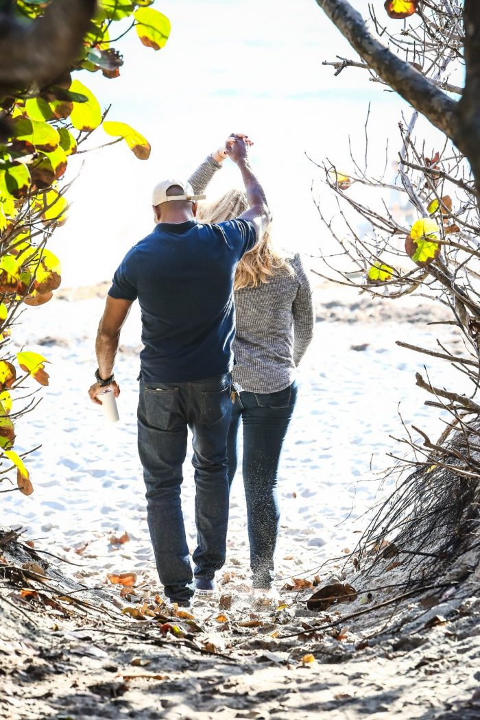 Where to Propose in On a beach in Jupiter, Florida