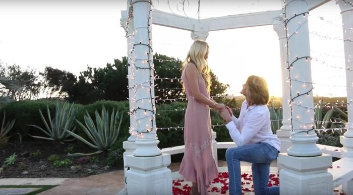 YouTube Celebs Cole Amp Sav Get Engaged And Their Proposal Is The Cutest Thing Ever