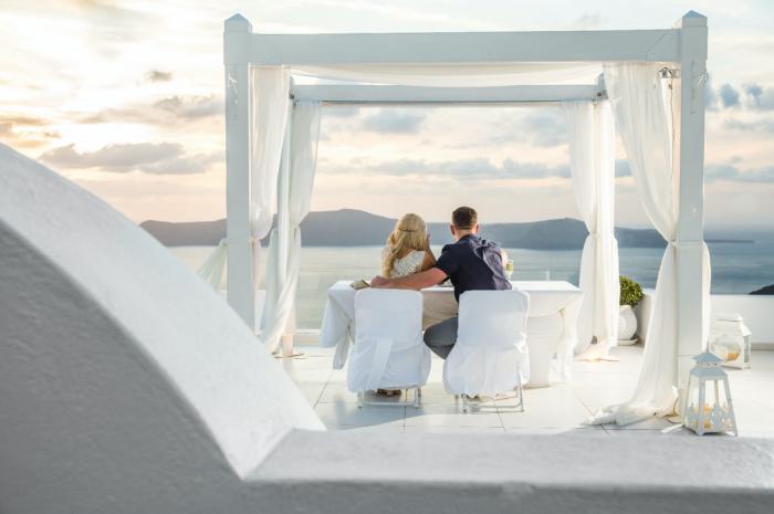 Louisa's Proposal in Santorini Dana Villas