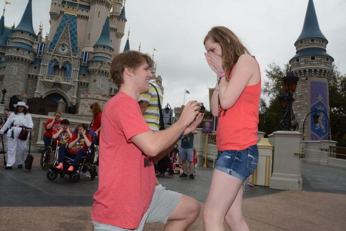 Wedding Proposal Ideas in Disney World (Magic Kingdom)