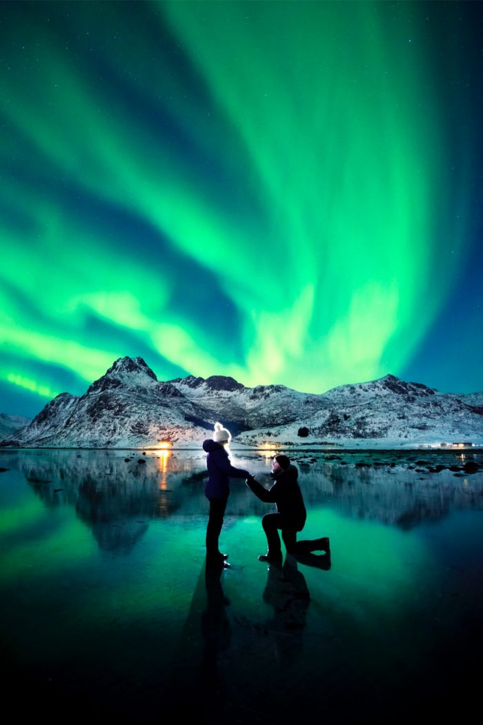 Image 4 of Photographer Captures His Own Northern Lights Proposal – and The Photo is Insane.