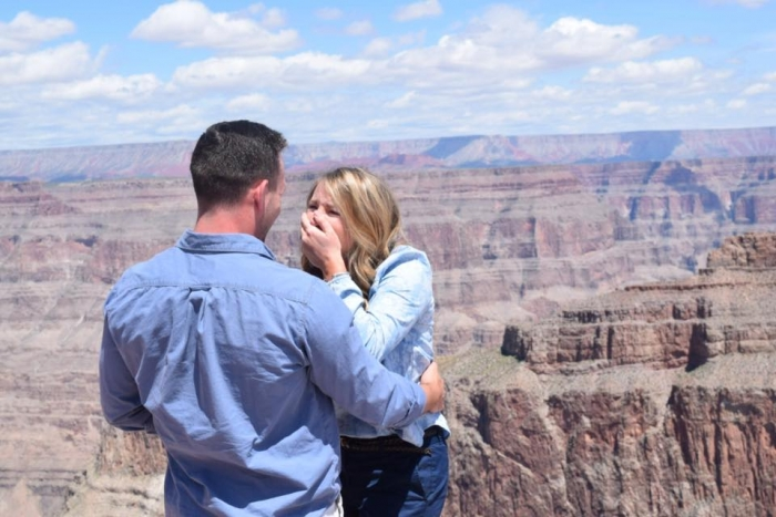 Engagement Proposal Ideas in Grand Canyon - West Rim