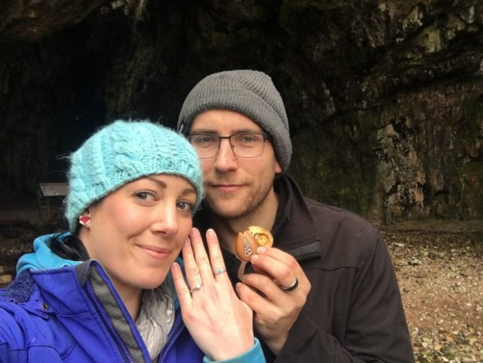 Image 1 of This Woman Wore an Engagement Ring For an Entire Year Without Ever Realizing it