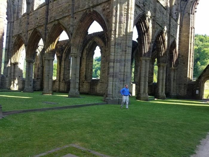 Marriage Proposal Ideas in Tintern Abbey, Wales