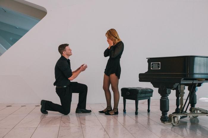 Engagement Proposal Ideas in Milwaukee Art Museum