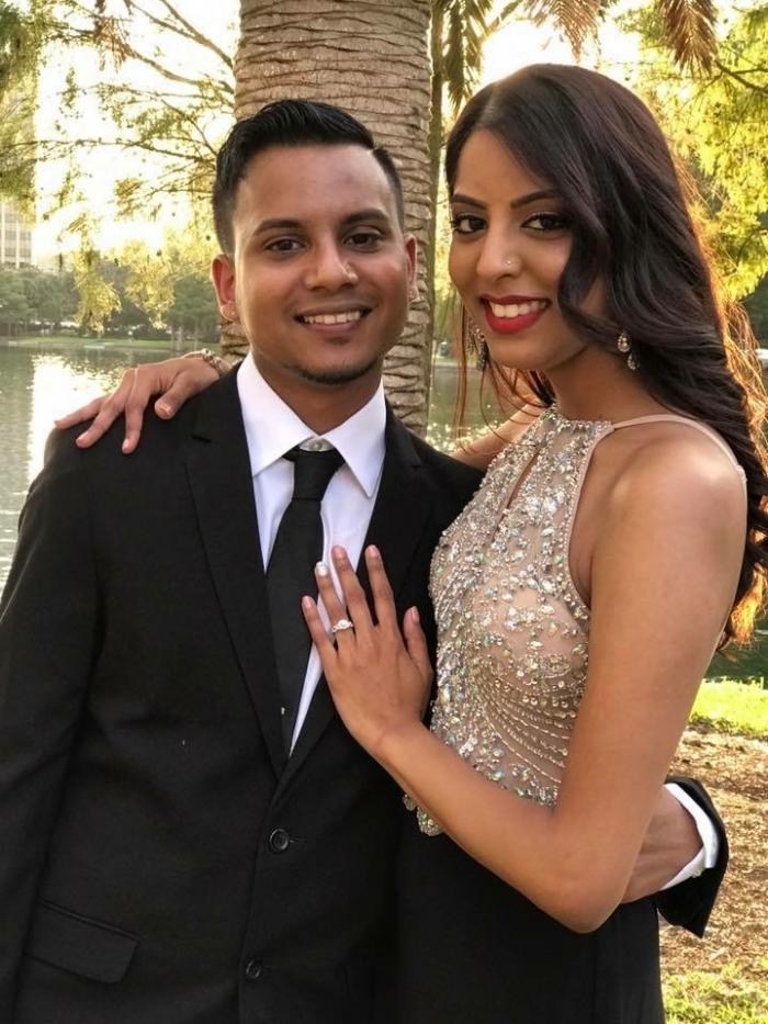 Wedding Proposal Ideas in Lake Eola Park. Orlando, Florida