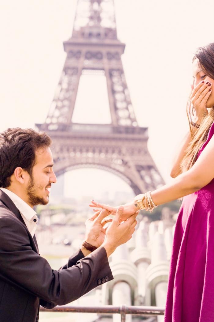 Engagement Proposal Ideas in EIFFLE TOWER, PARIS