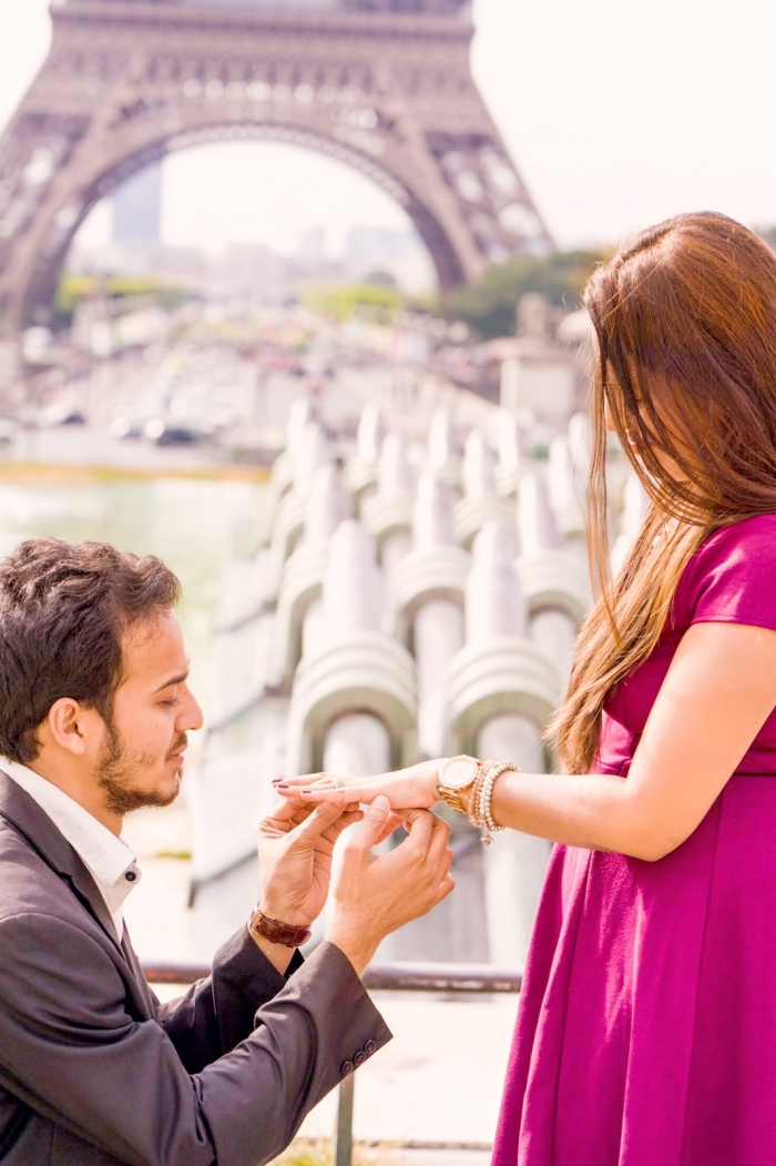 Marriage Proposal Ideas in EIFFLE TOWER, PARIS