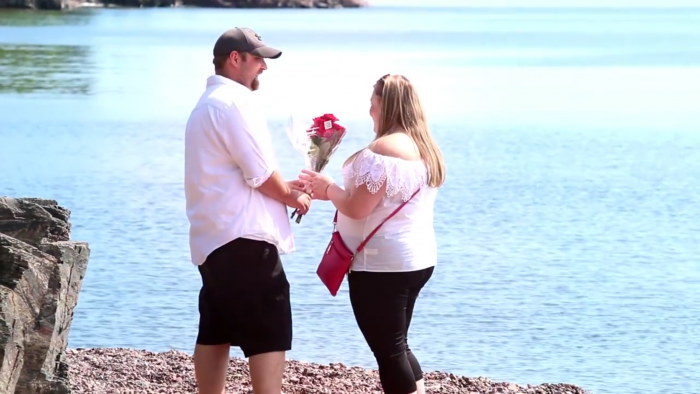 Engagement Proposal Ideas in Duluth, MN on the shore of lake superior