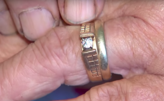 Image 6 of 13 Years Later, Woman Finds Lost Engagement Ring on Carrot