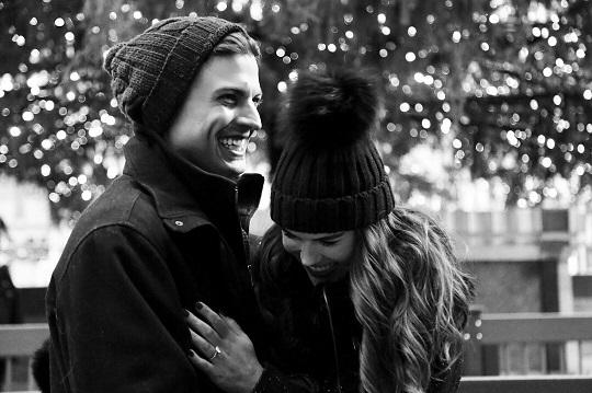 Wedding Proposal Ideas in New York City - Rockefeller Ice Rink
