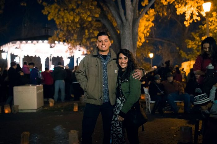 Where to Propose in Albuquerque, New Mexico during the annual Old Town Holiday Stroll