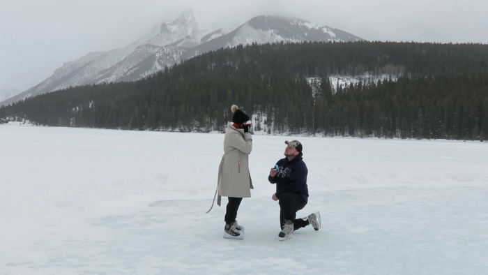Marriage Proposal Ideas in Two Jack Lake, Banff, Alberta, Canada