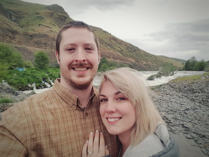 Lindsey's Proposal in Maupin, Oregon