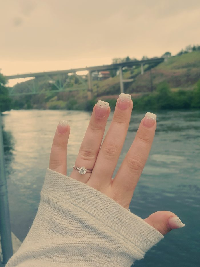 Wedding Proposal Ideas in Maupin, Oregon