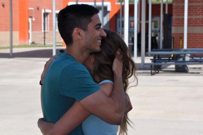 Lauren og Alex dating Når vil Damon og Elena Start Dating