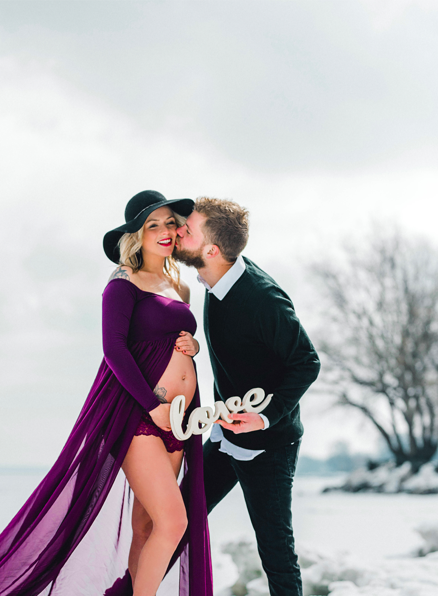 Image 9 of Maternity Shoot Turns into Surprise Marriage Proposal
