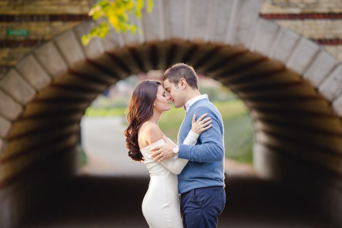 Image 6 of 5 Tips for Looking Amazing in Your Engagement Photos
