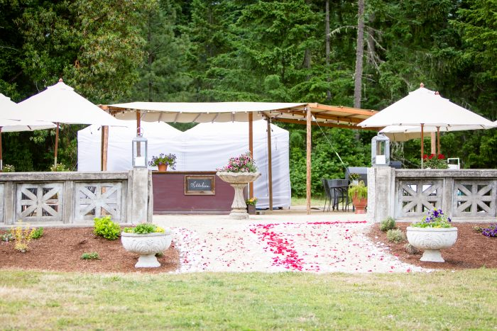 Where to Propose in Abbelone Vineyard in Eugene Oregon