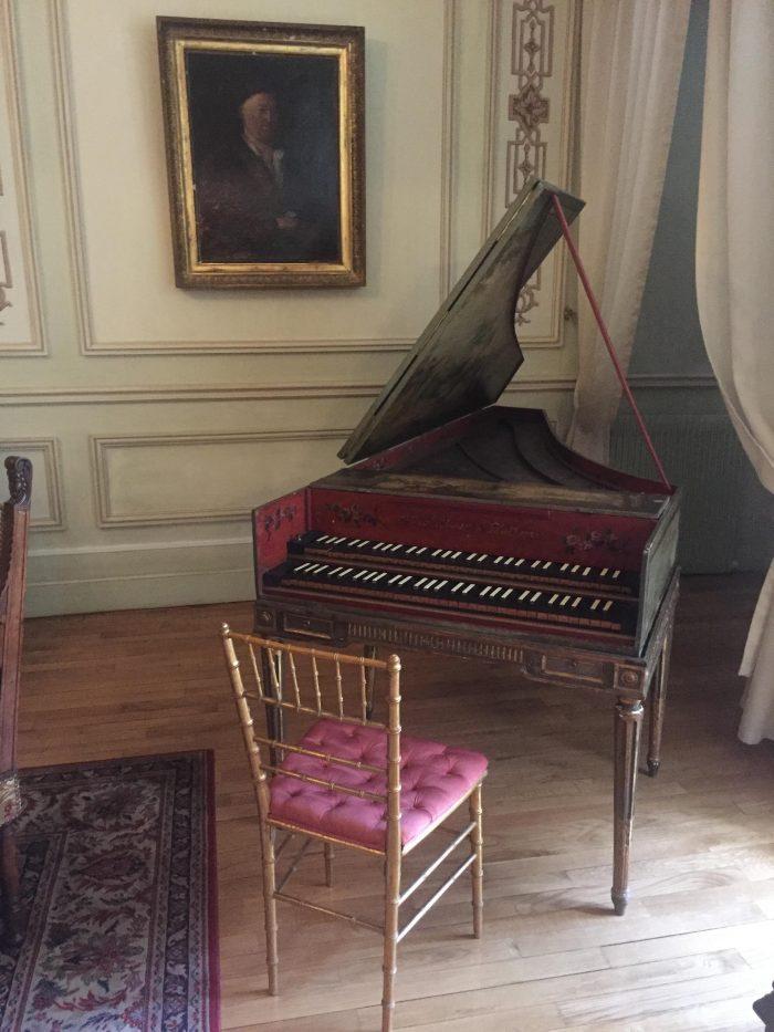 Marriage Proposal Ideas in Château La Tour Carnet - Grand Cru Classé Haut-Médoc, Bordeaux, France