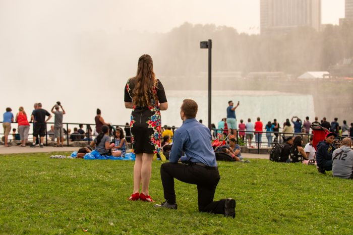 Where to Propose in Niagara Falls, USA