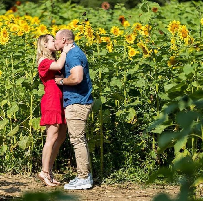 Where to Propose in Sussex County Sunflower Maze