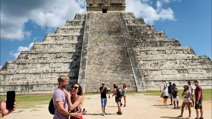 Wedding Proposal Ideas in Chichen Itza Pyramids