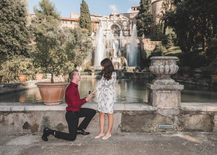 Marriage Proposal Ideas in Villa D'este (Gardens in Tivoli, Italy)