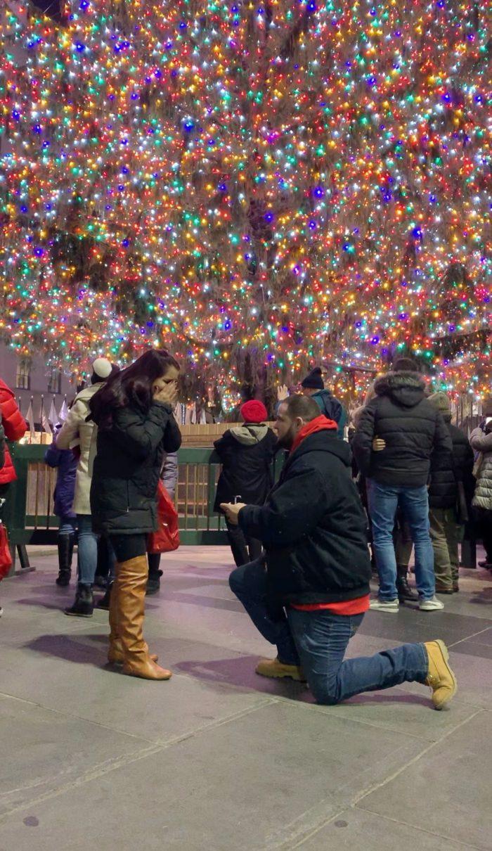 Marriage Proposal Ideas in Rockefeller Center Christmas Tree