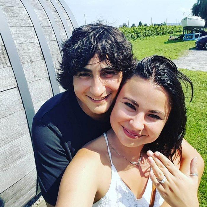 Marriage Proposal Ideas in In Niagara-on-the lake in Ontario on a bike wine tour.