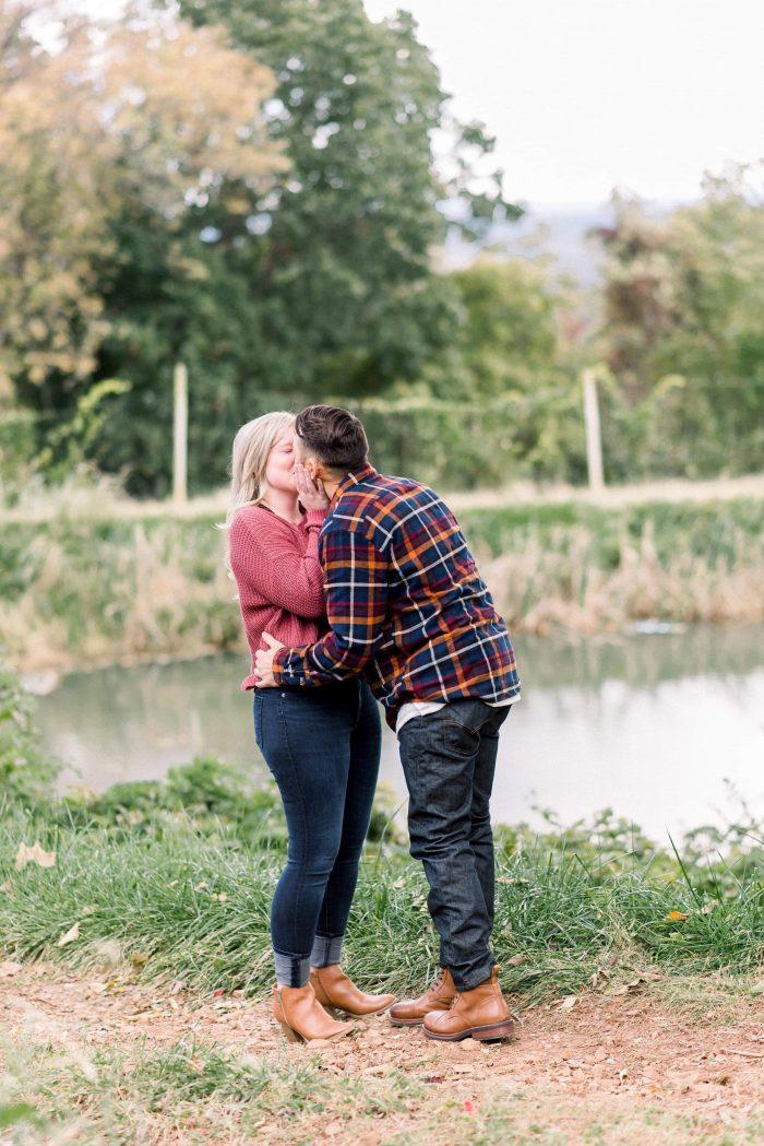 Marriage Proposal Ideas in Carter Mountain Orchard in Charlottsville, VA