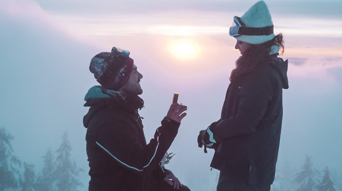Engagement Proposal Ideas in On top of a ski slope in Vancouver