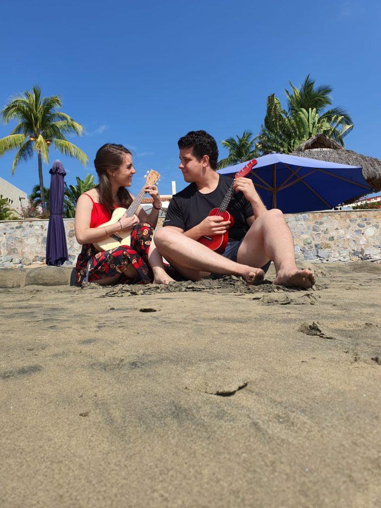 Image 1 of Karla and Héctor