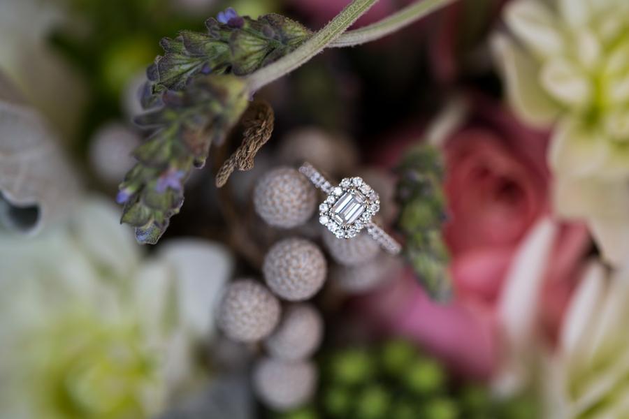 Amazing Engagement Ring Photos