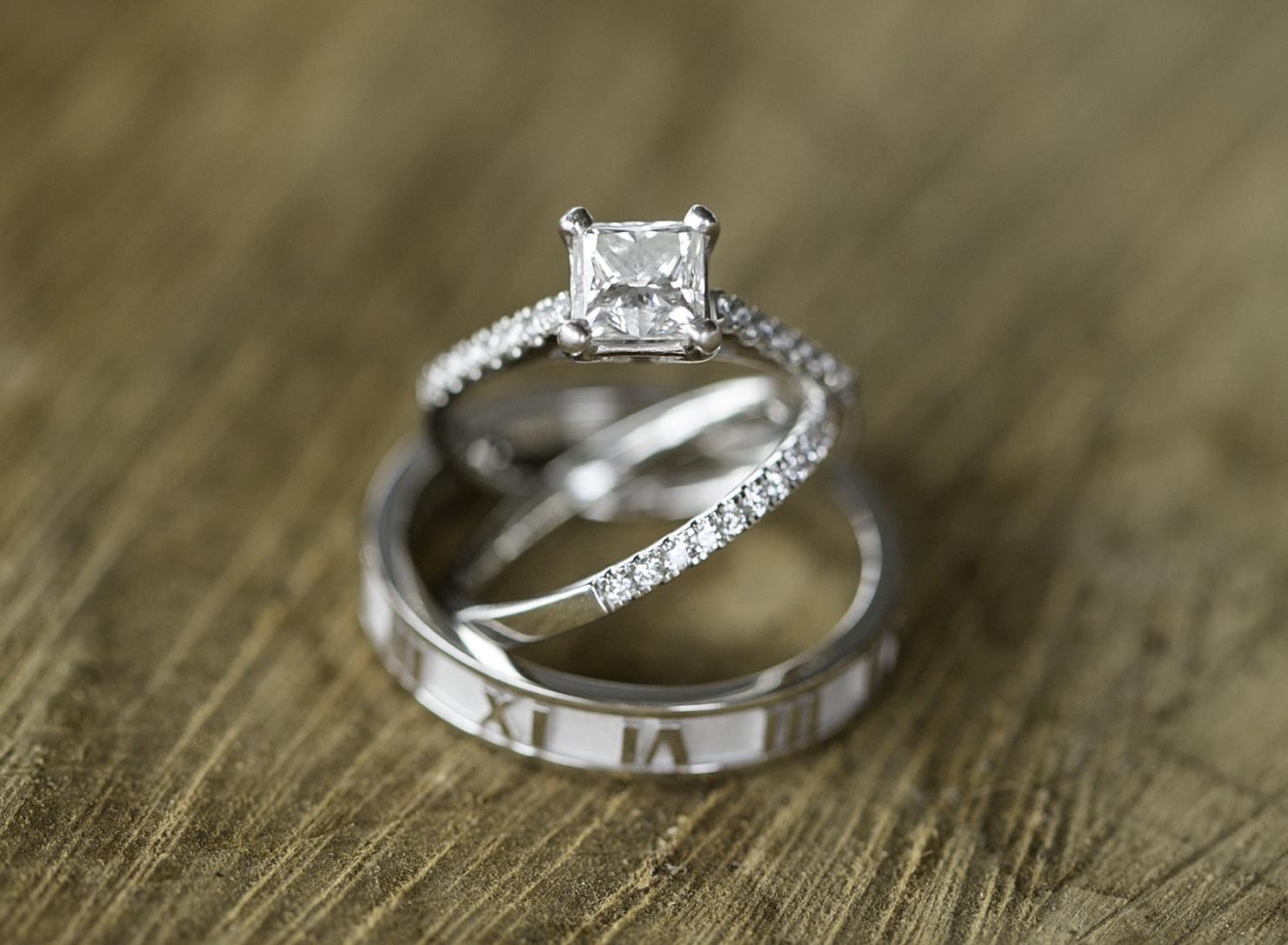 Image 24 of 38 Amazing Engagement Ring Photos