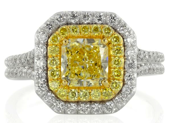 kelly clarksons engagement ring canary yellow